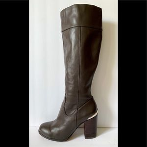 White House Black Market Calliste leather boots 7